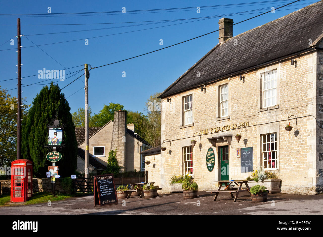 The Volunteer a typical English pub in the Wiltshire village of Great Somerford,UK - Stock Image