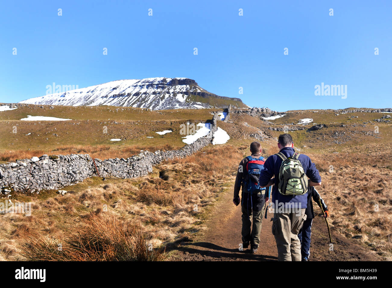Walking in the Yorkshire Dales, Pen y Ghent, Three Peaks - Stock Image