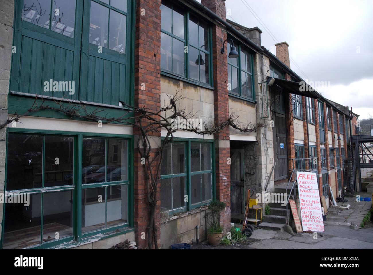 Walcot Reclamation Yard, Bath Spa, Somerset UK Stock Photo: 29634006 ...