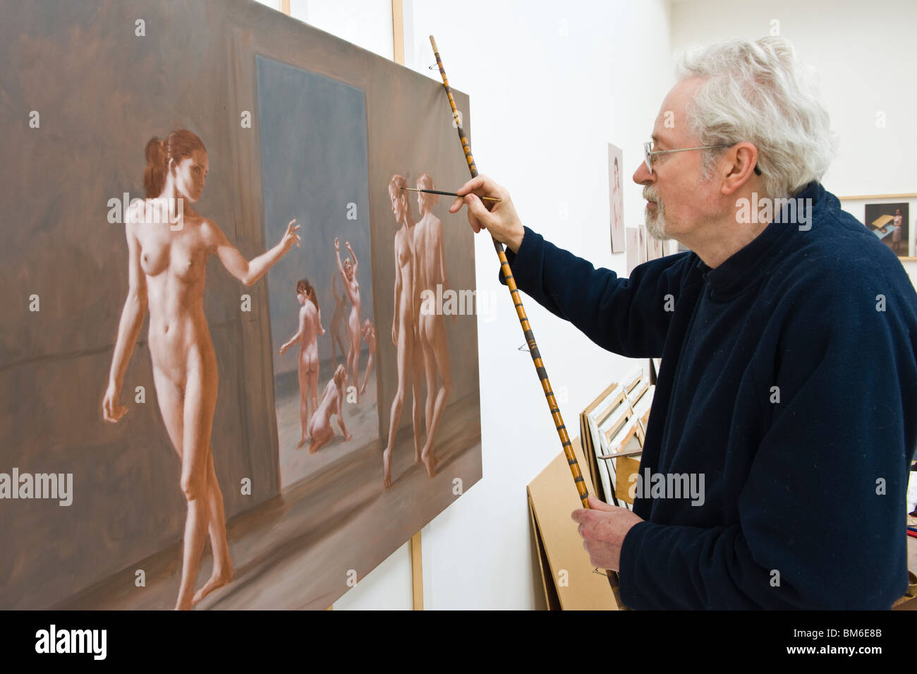 Scottish born artist Harry Holland acknowledged as one of Britain's finest figurative painters pictured in his Cardiff - Stock Image