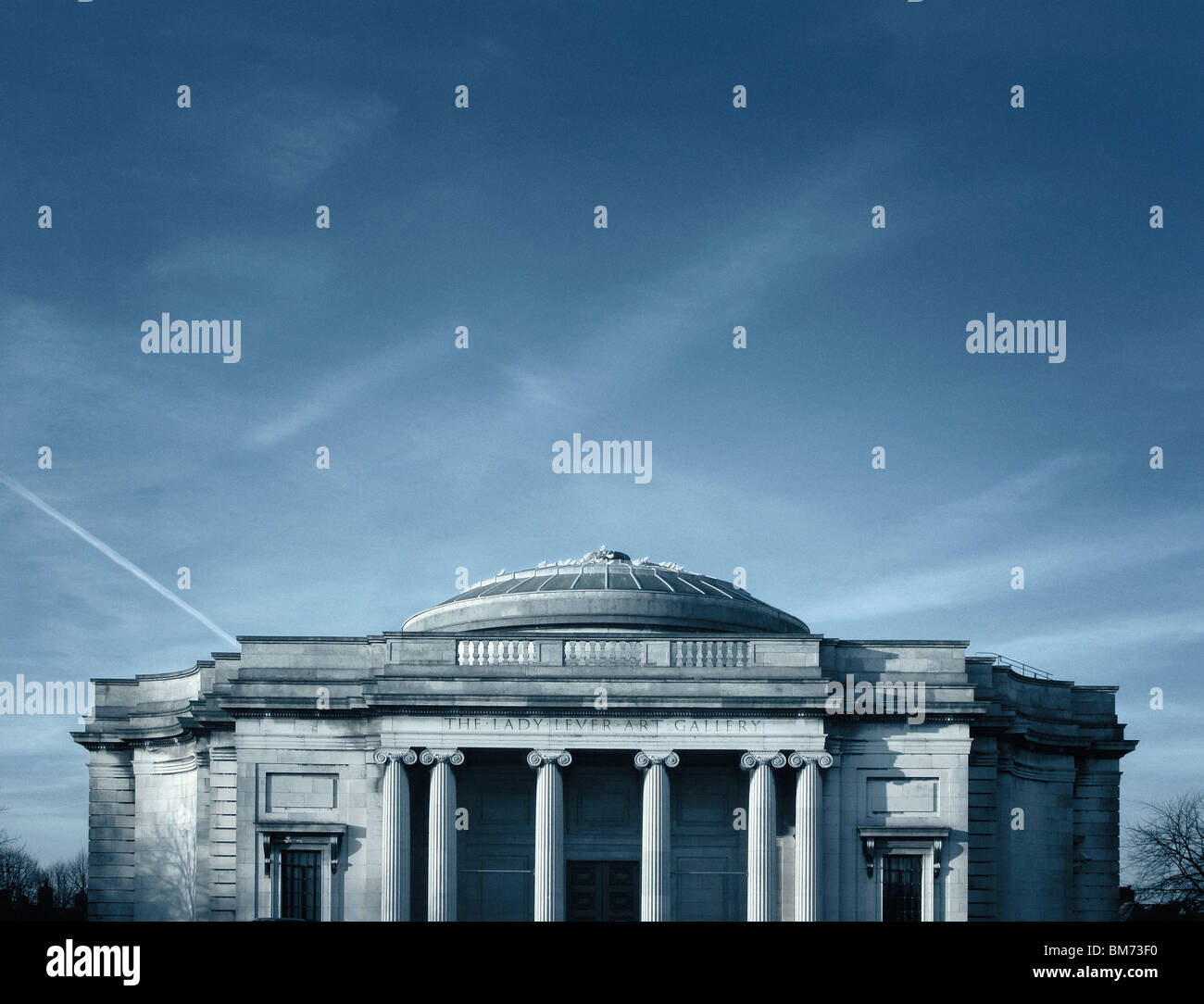 architecture image of the Lady Lever art gallery in Port Sunlight, Wirral, UK showing front elevation, pillars and - Stock Image