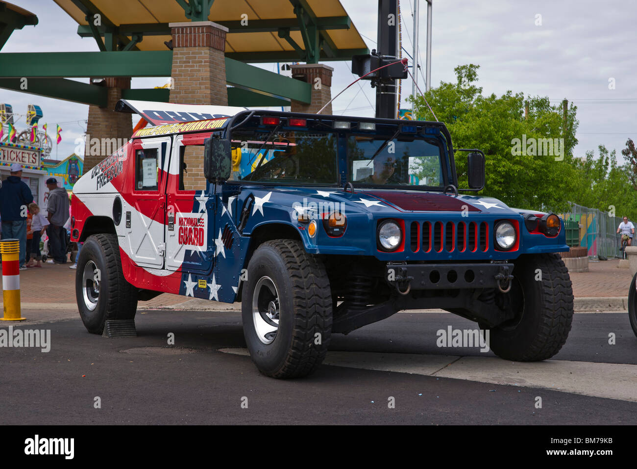 Hengguan HG-P408 Humvee 4x4 National-military-guard-hummer-painted-with-american-flag-stars-and-BM79KB