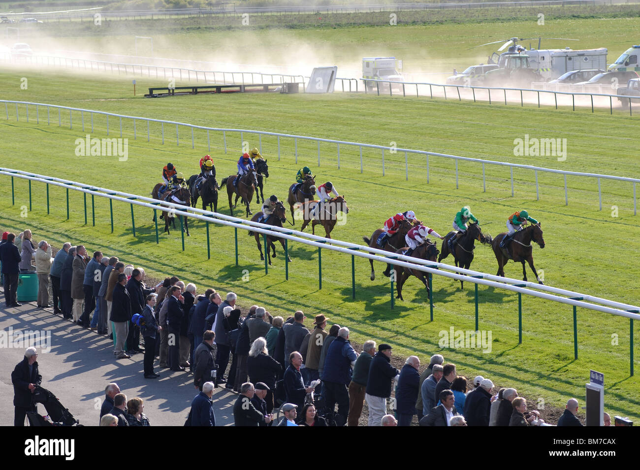 Horse race on the flat at Warwick Races, UK - Stock Image