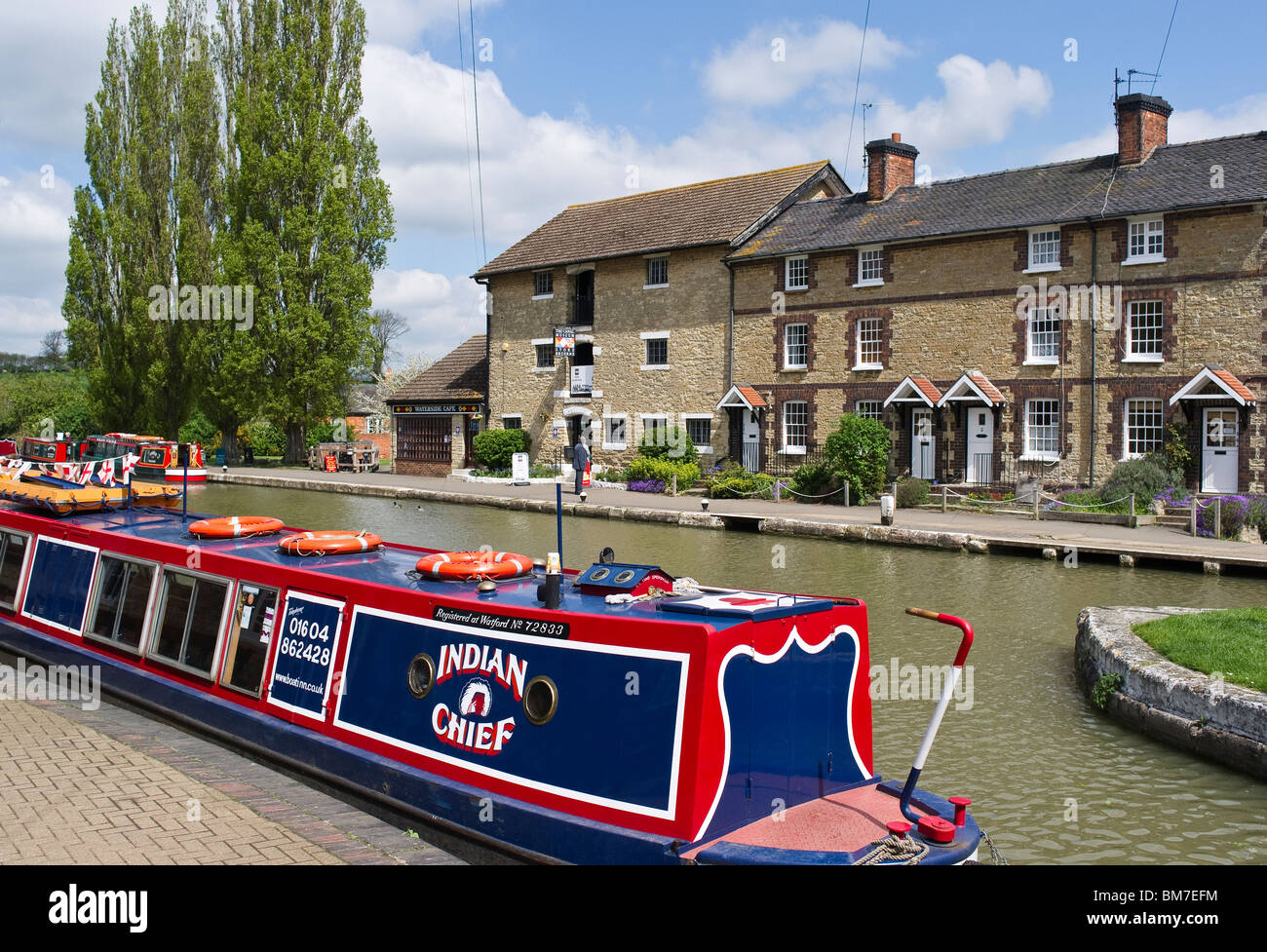 'Indian Chief' narrow boat on the 'Grand Union' canal at Stoke Bruerne Northampton UK - Stock Image