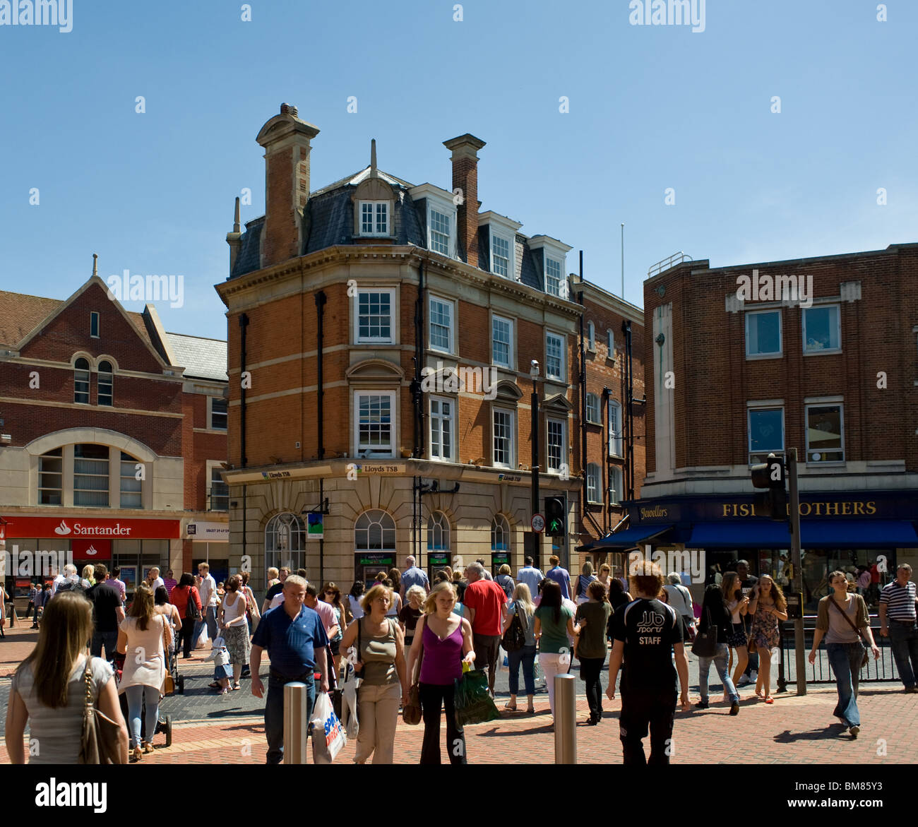 People shopping in Chelmsford Town centre in Essex. - Stock Image