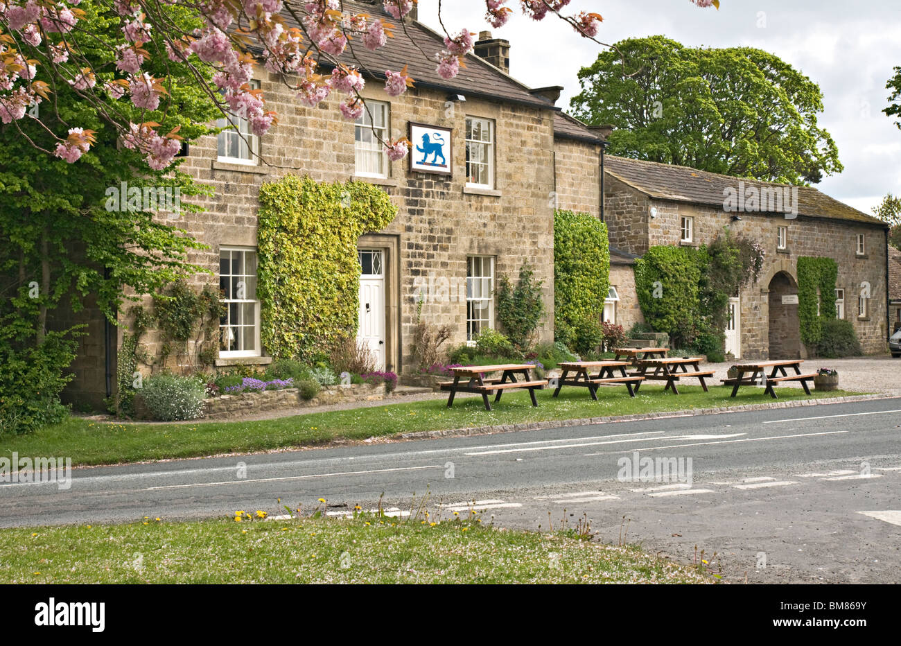 The Blue Lion, East Witton, North Yorkshire - Stock Image