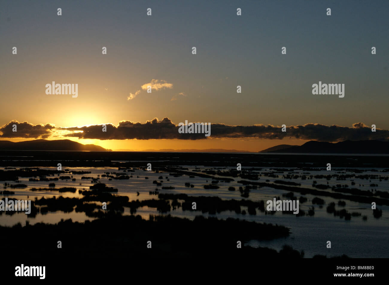 Dawn at Lake Titicaca, viewed from Hotel Libertador, Puno, Peru - Stock Image