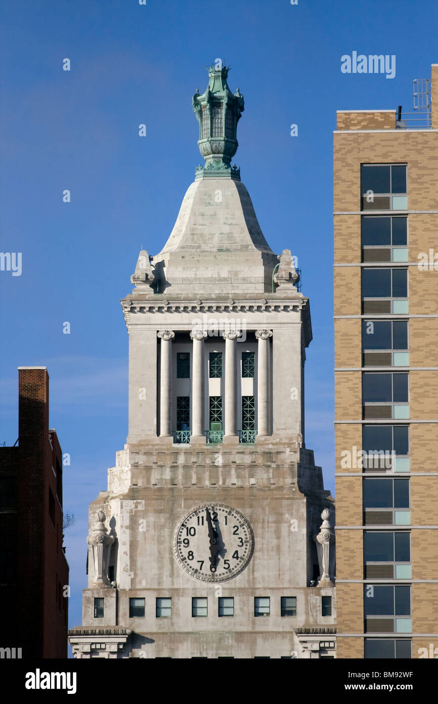 NYC Con Ed Clock Tower or Consolidated Gas Company Building built 1911 designed by Henry J Hardenbergh - Stock Image
