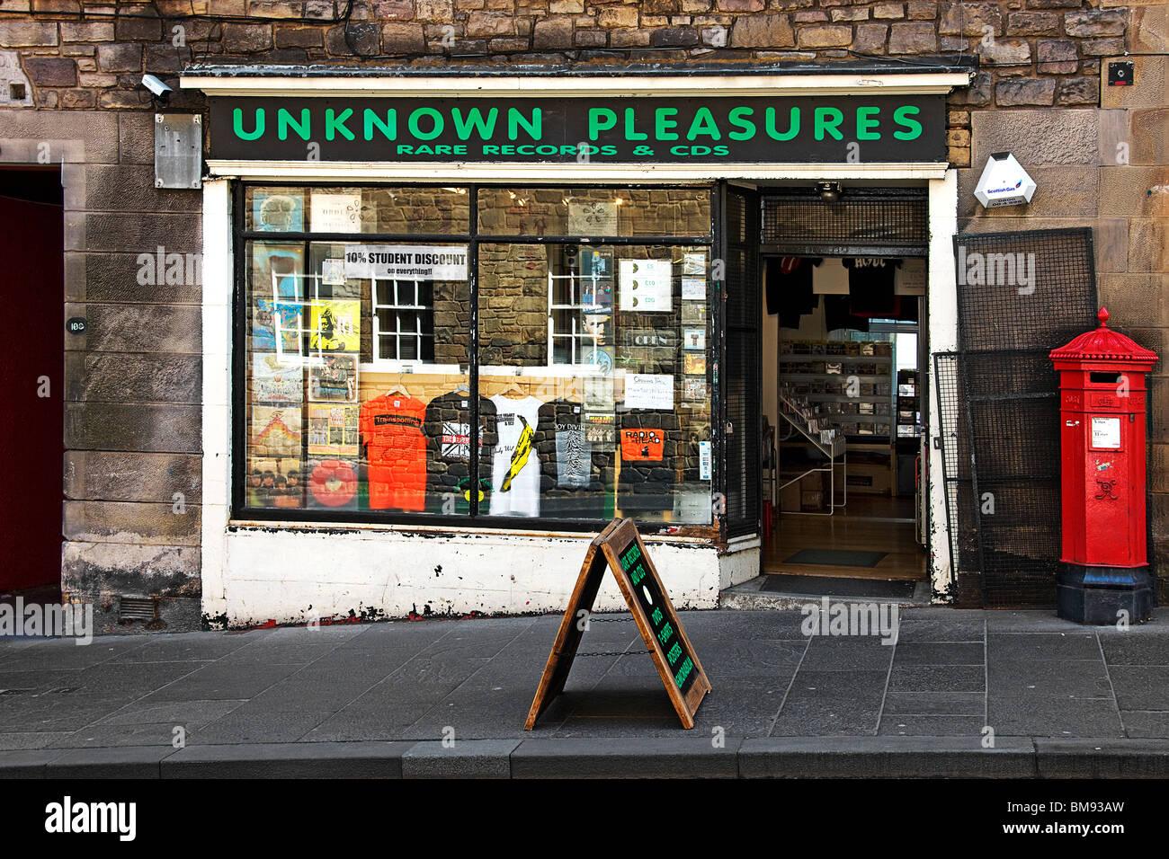Unknown pleasures. The royal mile. Edinburgh. - Stock Image