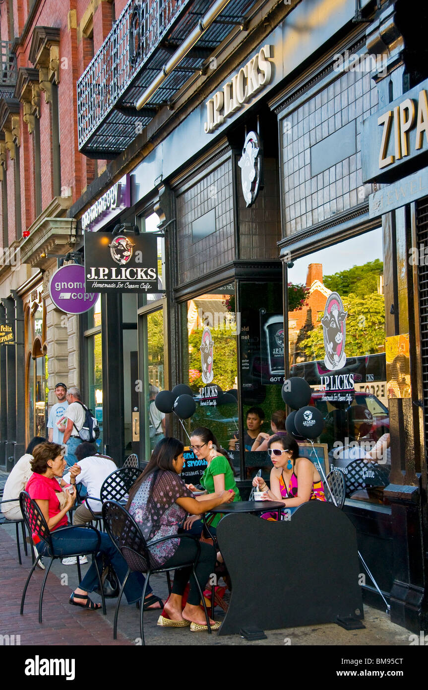 Sidewalk café Cambridge Massachusetts - Stock Image