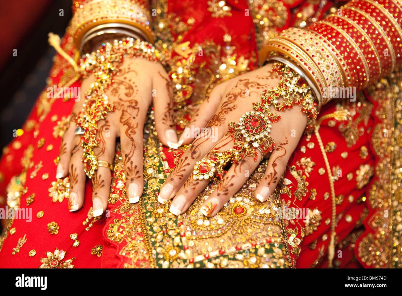 Asian Wedding, Henna hand art and jewelery Sikh wedding