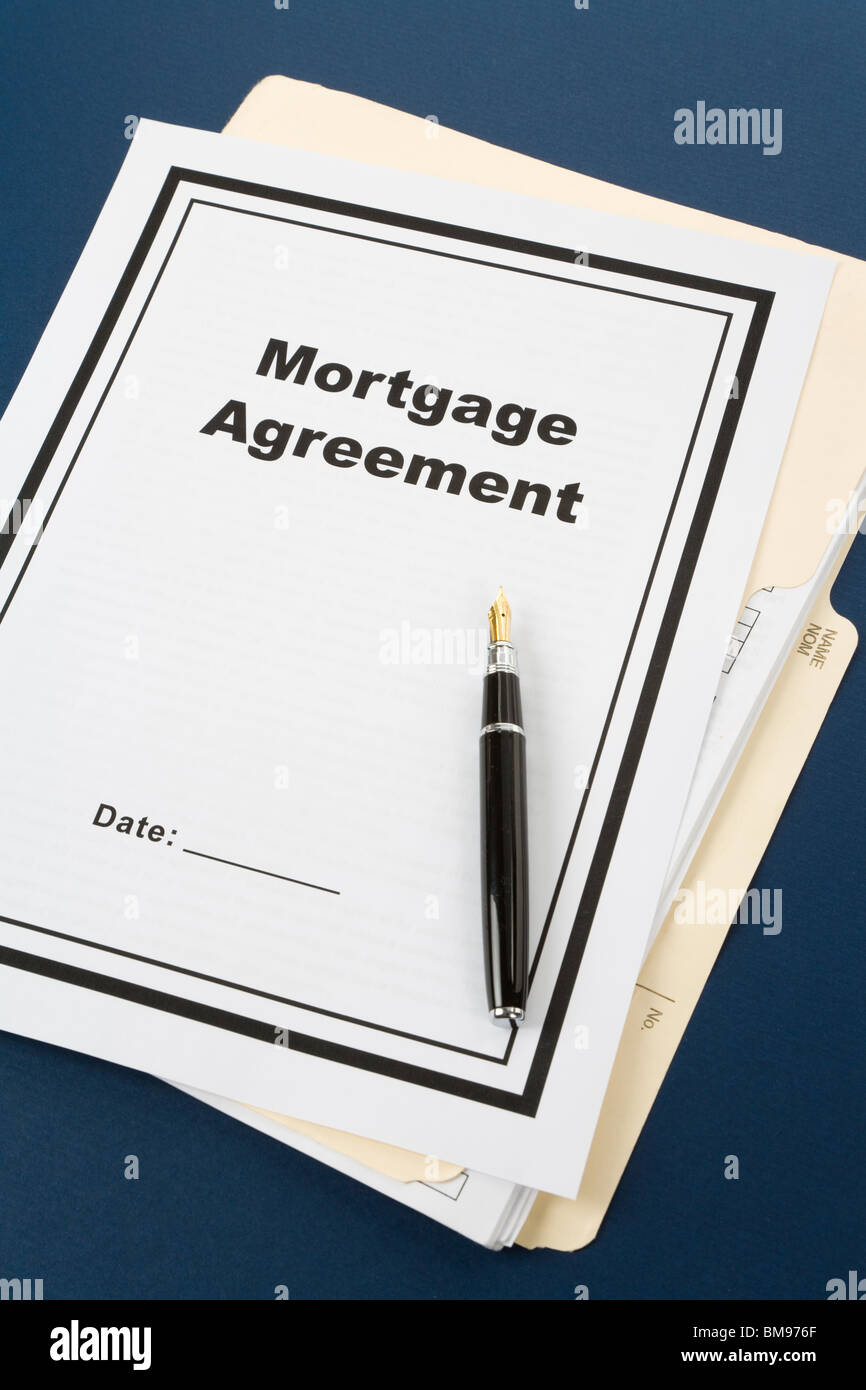 Mortgage Agreement and pen close up - Stock Image