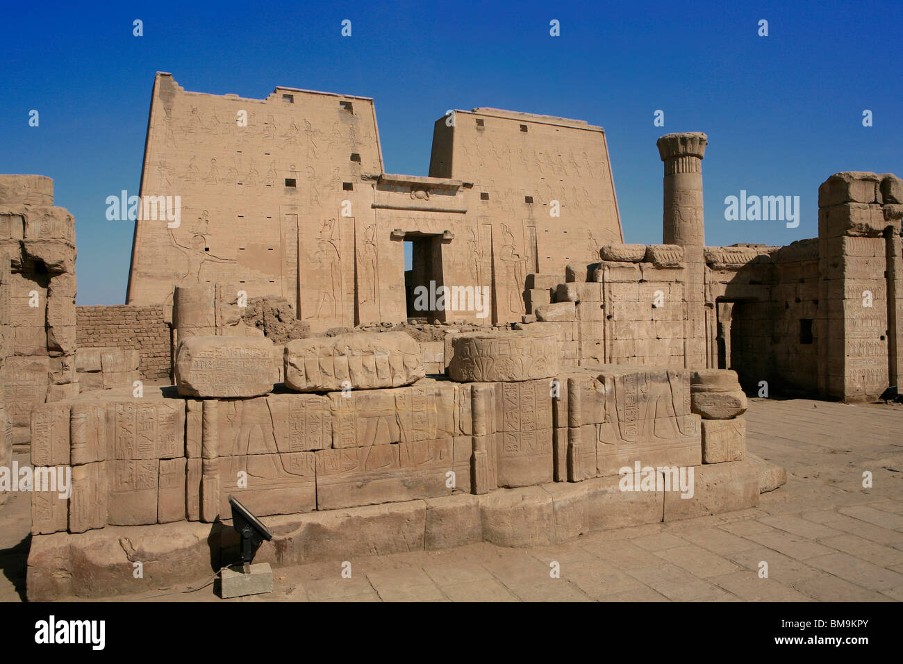 Main entrance of the first pylon of the Temple of Horus in Edfu, Egypt Stock Photo