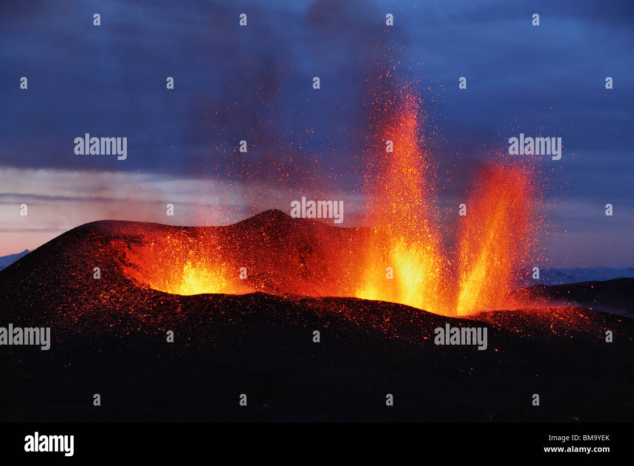 Molten lava erupts from Eyjafjallajokull, Fimmvorduhals, Iceland - Stock Image