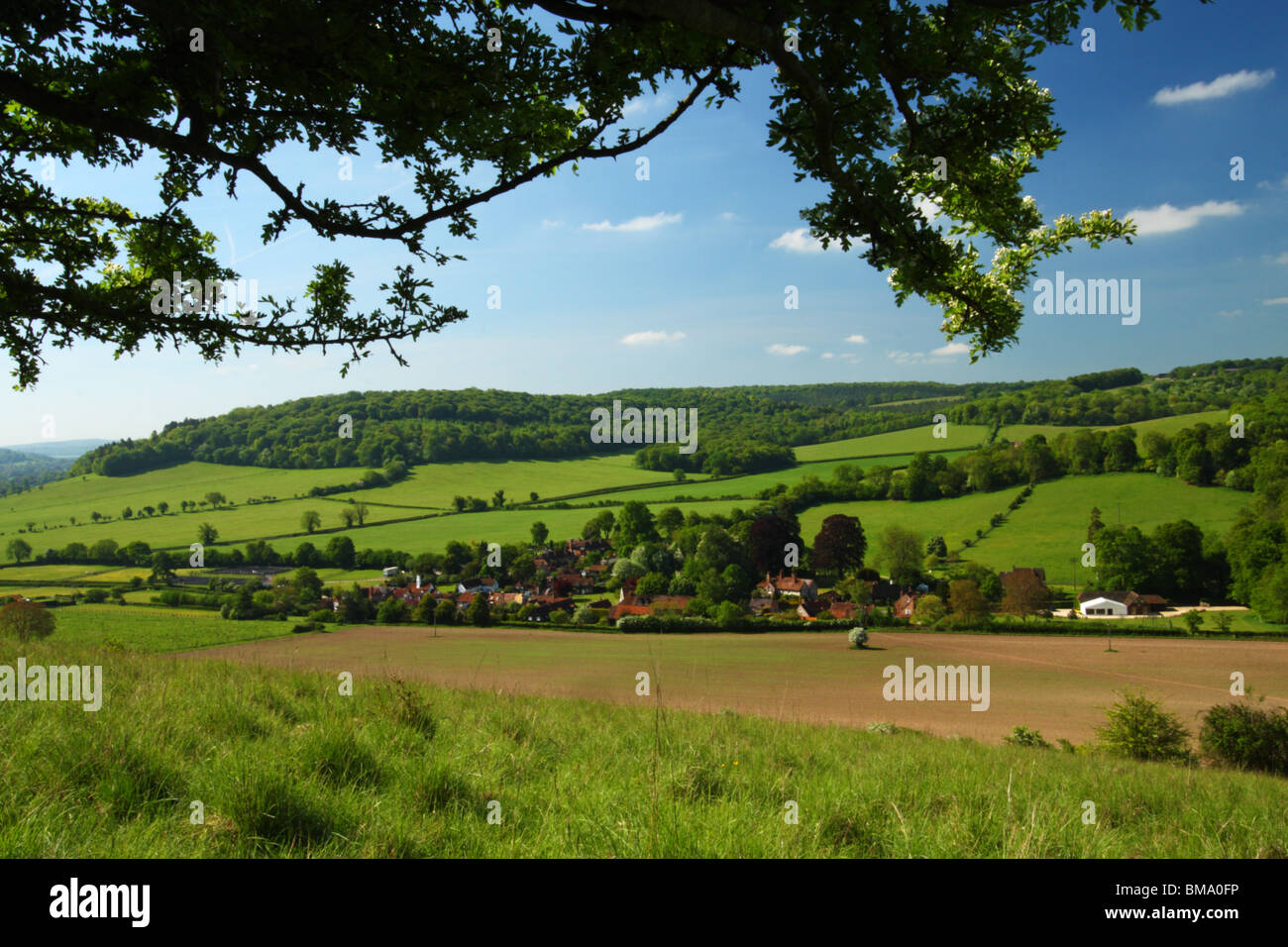 View from Cobstone Hill with the Buckinghamshire village of Turville in the valley. The Chilterns, United Kingdom. - Stock Image