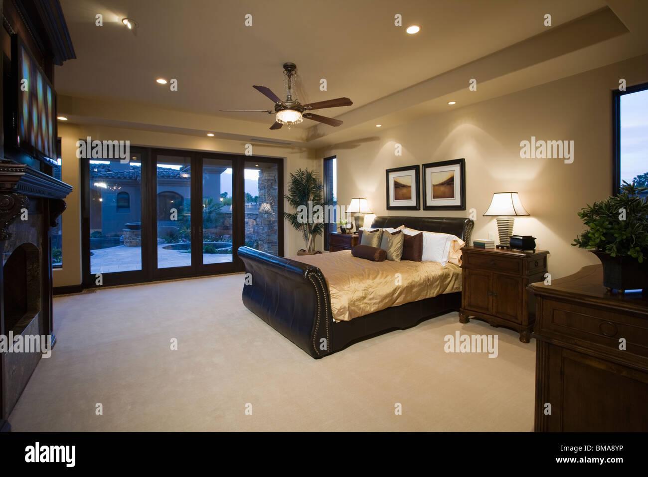 darkwood bedroom furniture. Dark Wood Furniture In Bedroom With Ceiling Fan Darkwood C