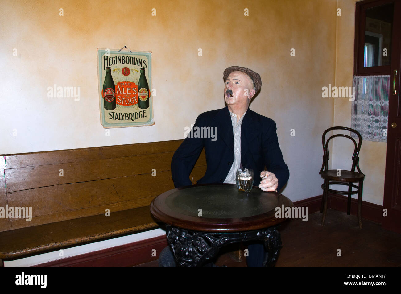 Reproduction of an early 20th century pub interior, Portland Basin Museum, Ashton under Lyne, Tameside, England, - Stock Image