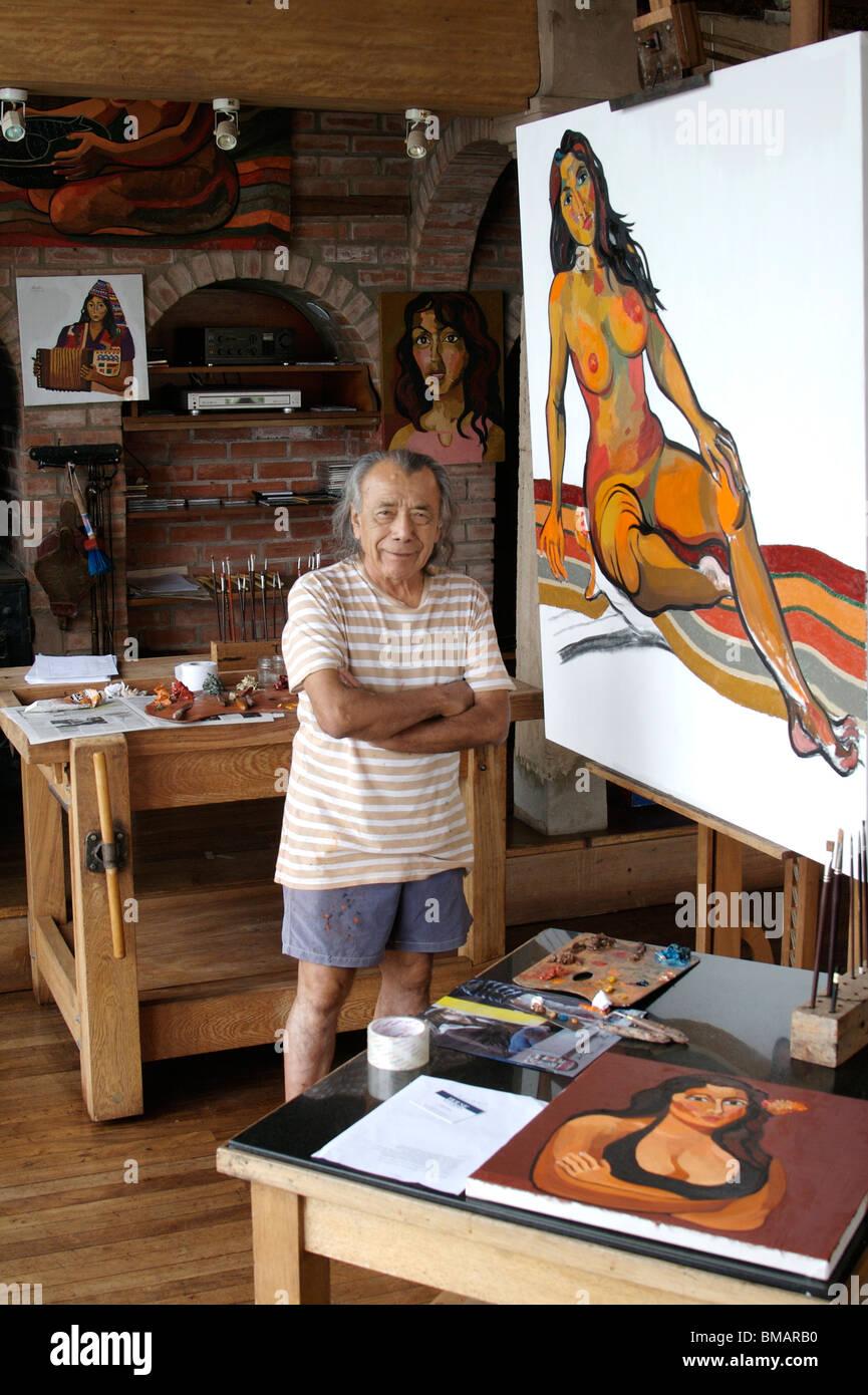 Peruvian artist Victor Delfin in his studio in Lima's Barranco district - Stock Image