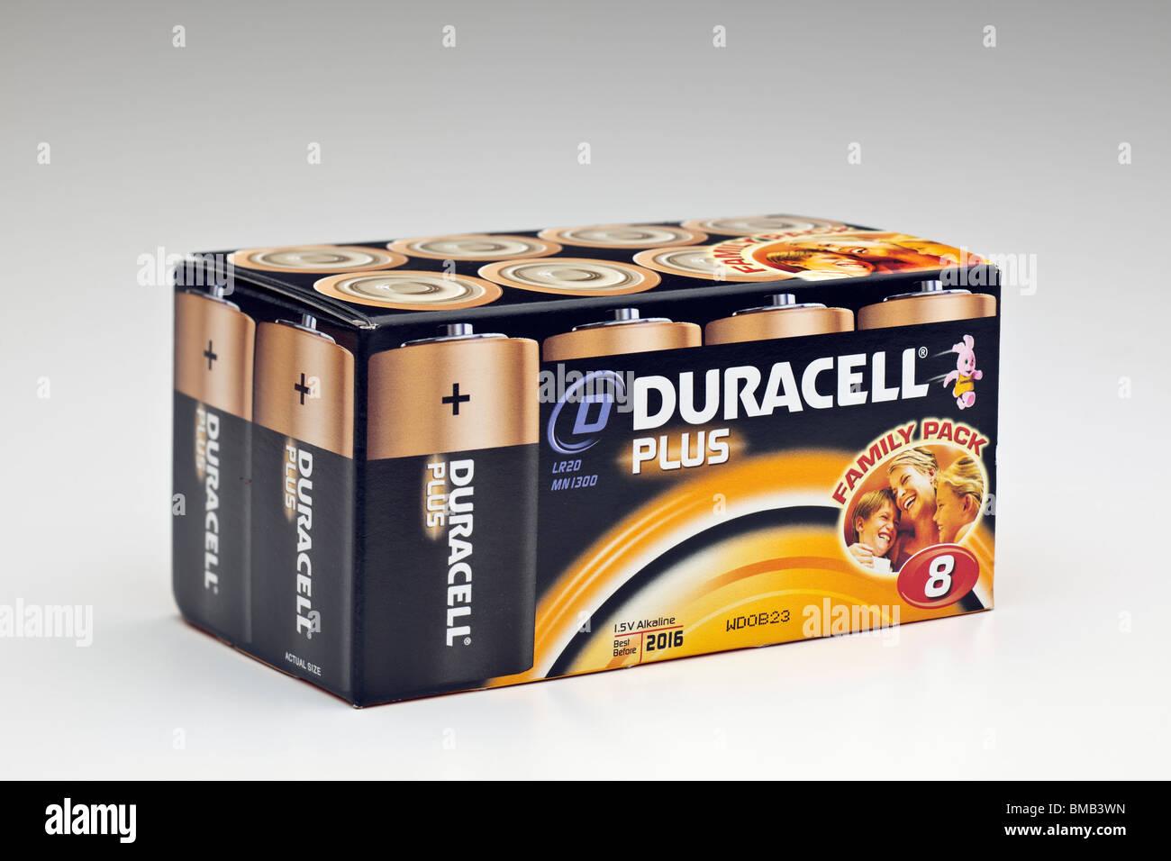 Box of eight Duracel Plus LR20 mn1300 1.5v alkaline batteries - Stock Image