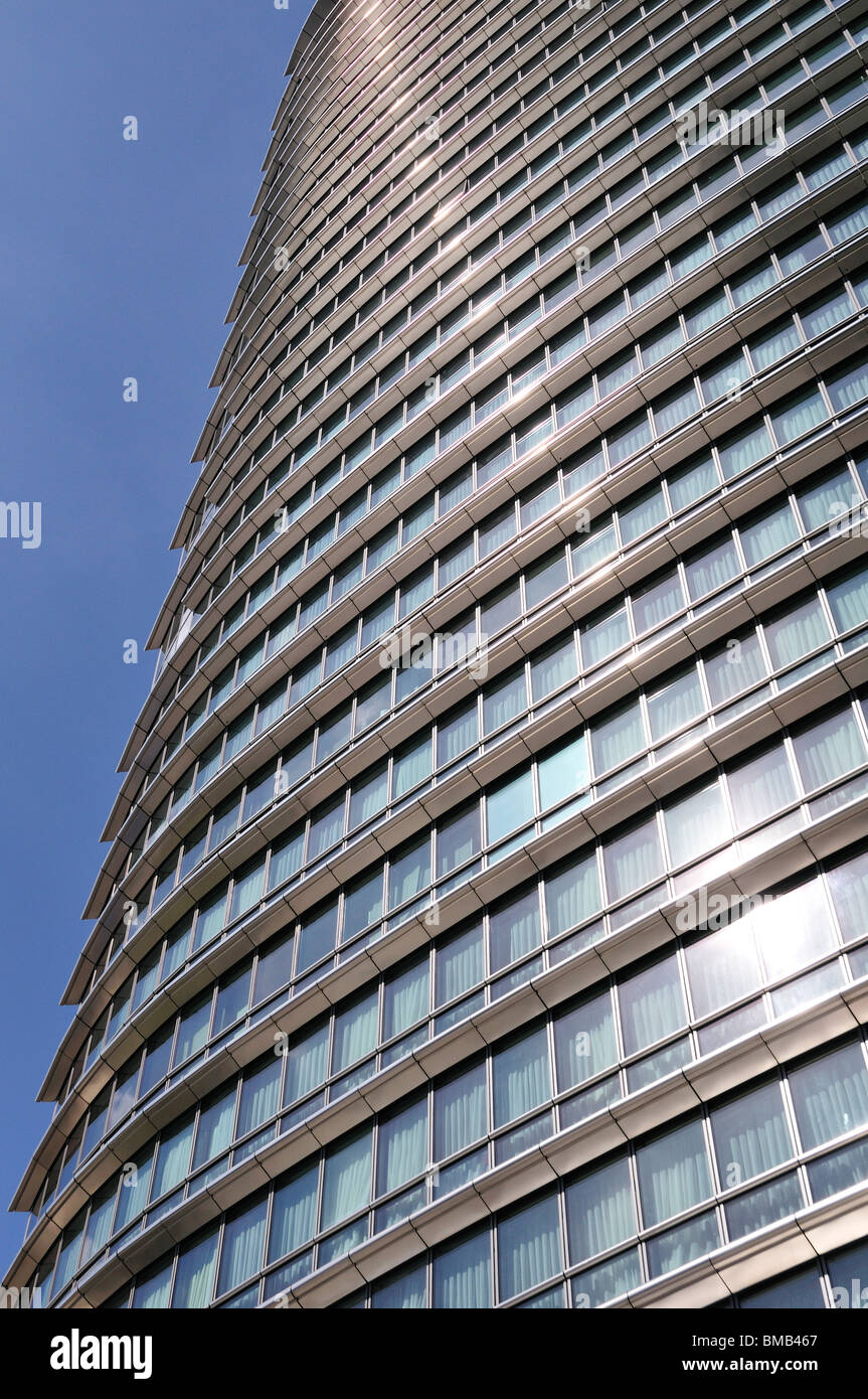Marriott Hotel, West India Quay, Canary Wharf Estate, London Ei4, United Kingdom Stock Photo