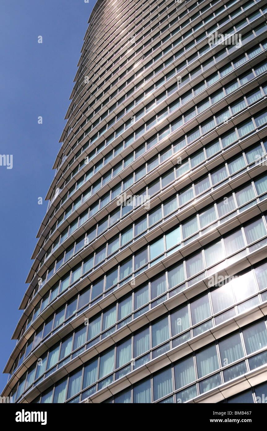 Marriott Hotel, West India Quay, Canary Wharf Estate, London Ei4, United Kingdom - Stock Image