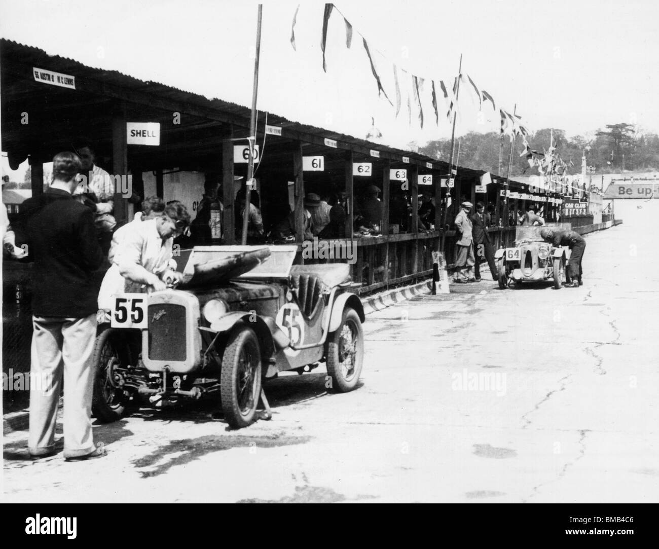 Austin 7 Ulster Works in the pits at Brooklands at the Double 12 meeting, May 1930 - Stock Image