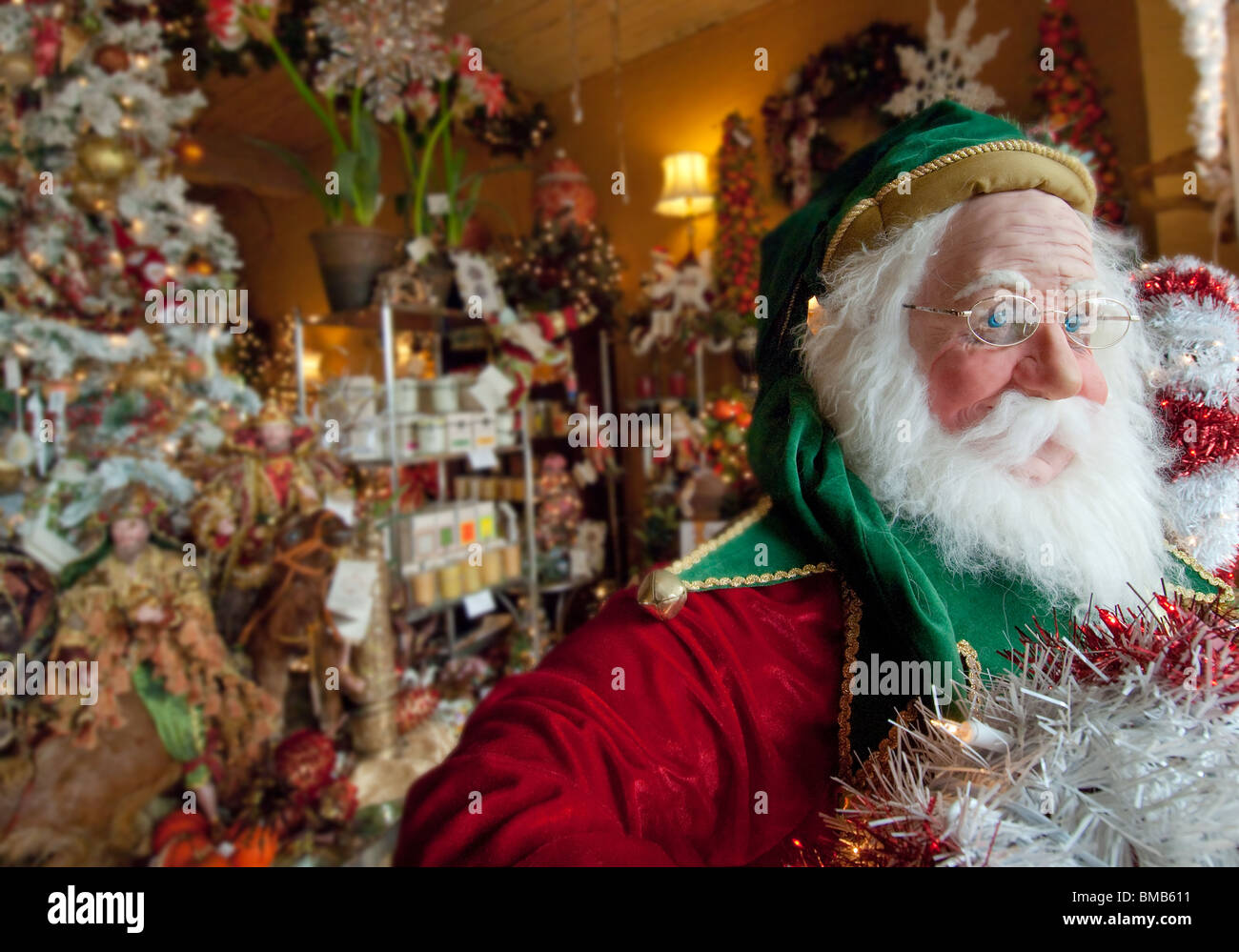 Life-size Santa Claus figure in store display, Fort Lauderdale, Florida, USA - Stock Image