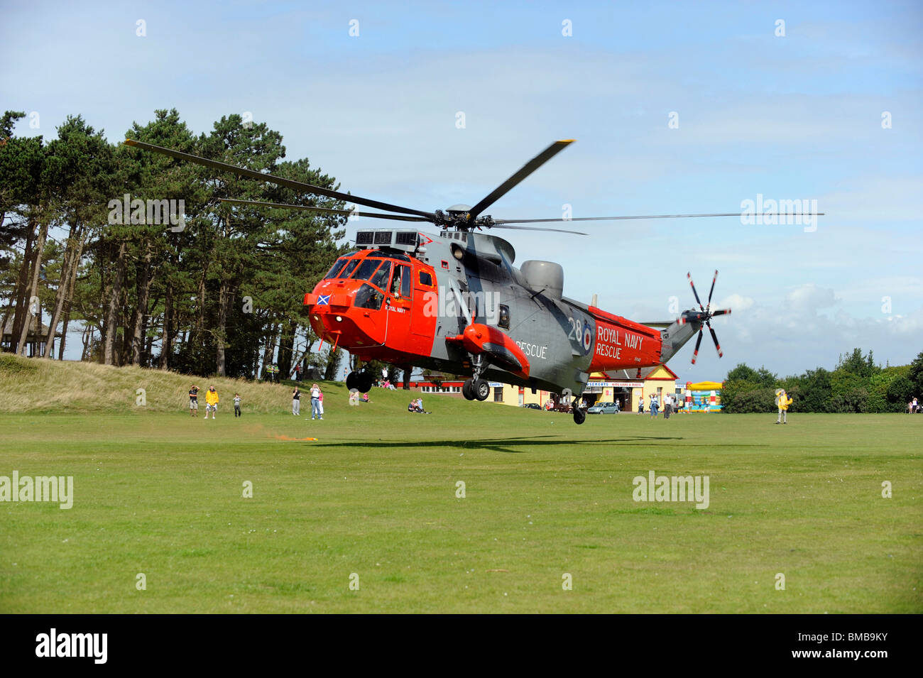 how to join the royal navy search and rescue
