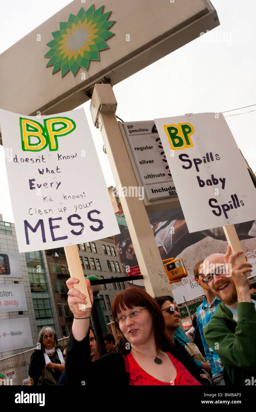 New York, NY Activists shut down a BP gas station to protest gulf coast oil spill - Stock Image