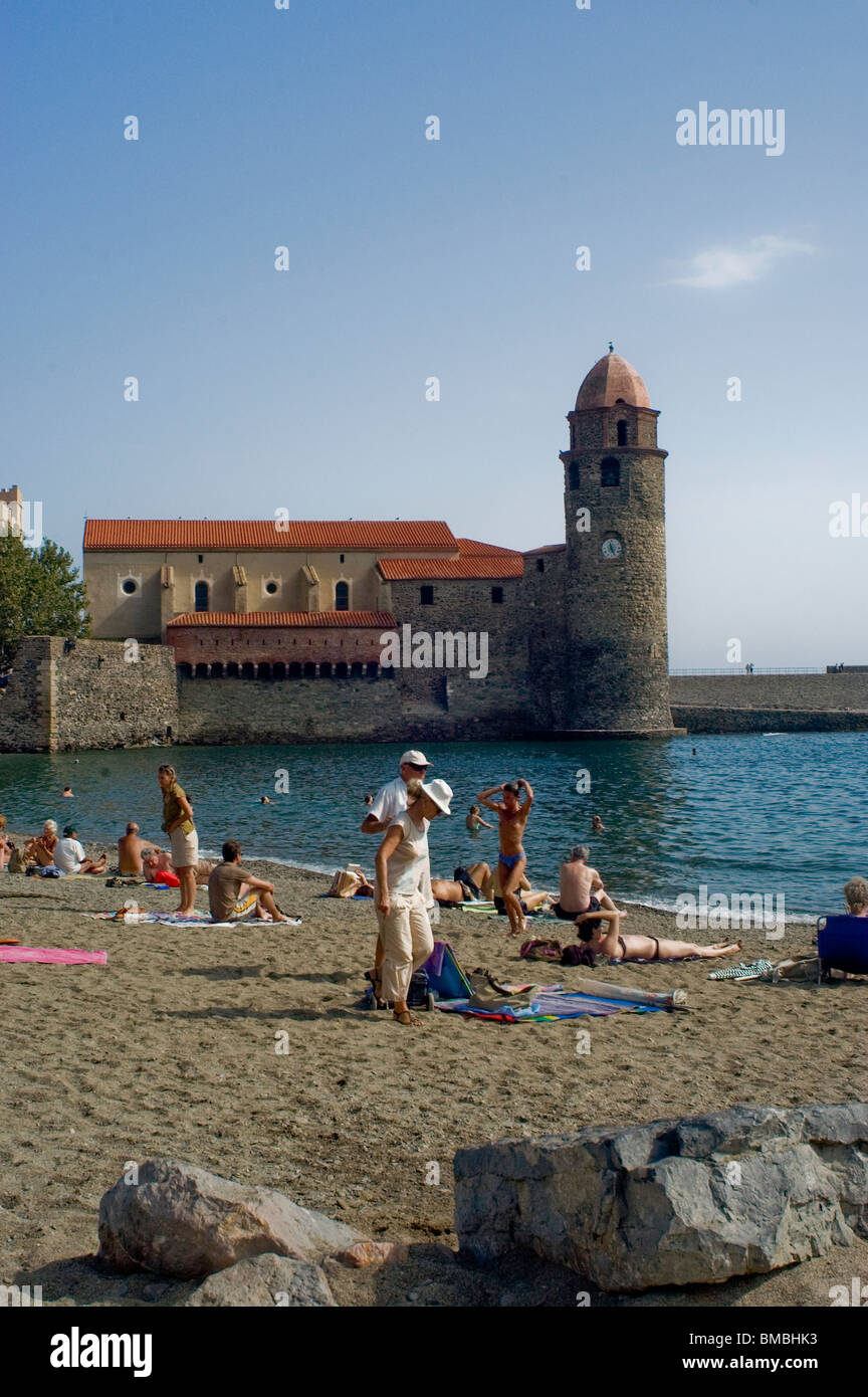 Calliore, France, Tourists on Beach Holiday in South of France Coastal Town, Near Perpignan, Stock Photo