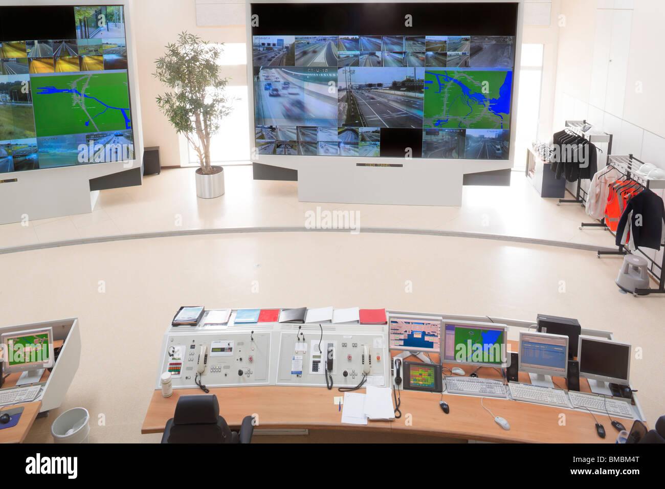 Highway, motorway traffic management system cctv surveillance control room vidiwall monitors. Wijde Blik Velsen - Stock Image