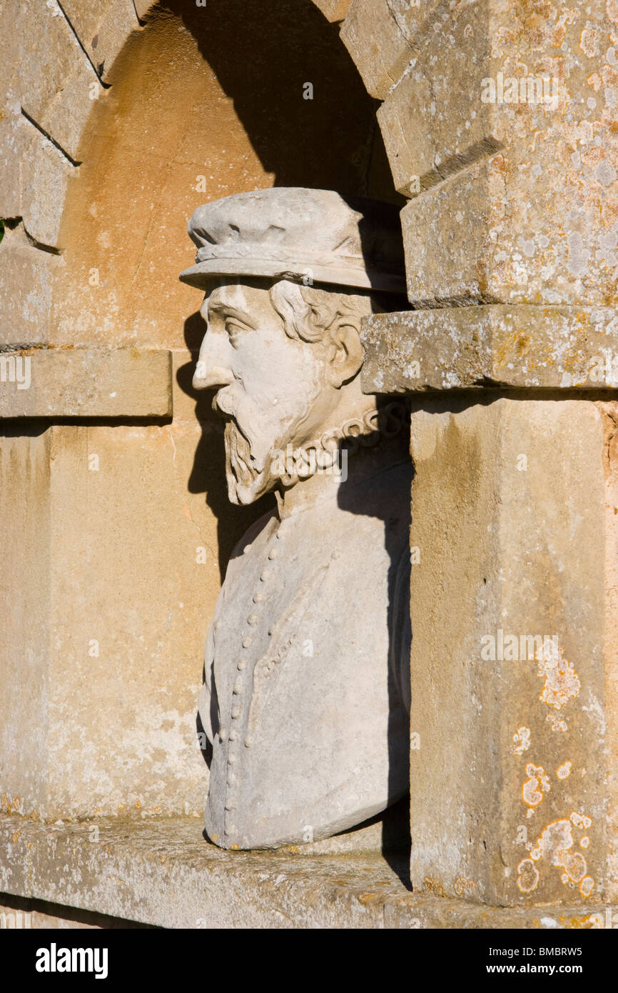 Bust of Thomas Gresham, Temple of British Worthies, Stowe, Buckinghamshire, England - Stock Image