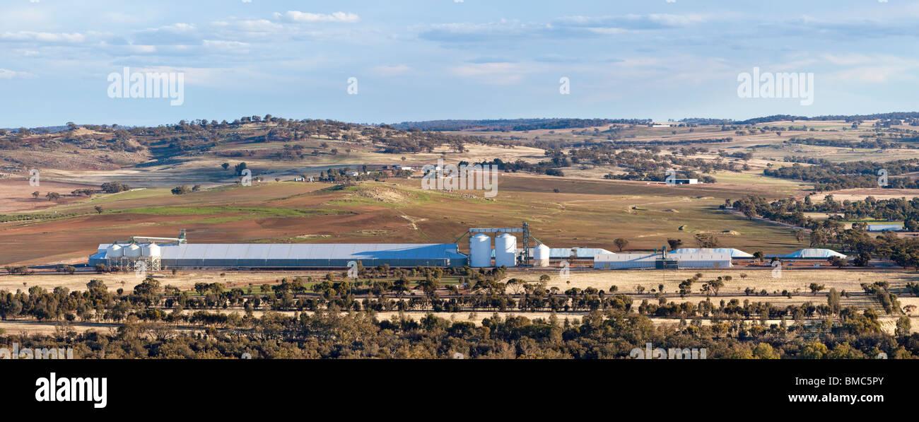 Grain silos on a Western Australian farm near York in the Avon Valley. - Stock Image