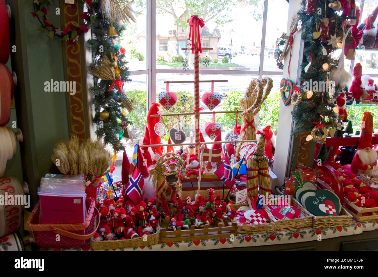 Solvang Ca Christmas.Christmas Ornament And Decoration Store In Solvang