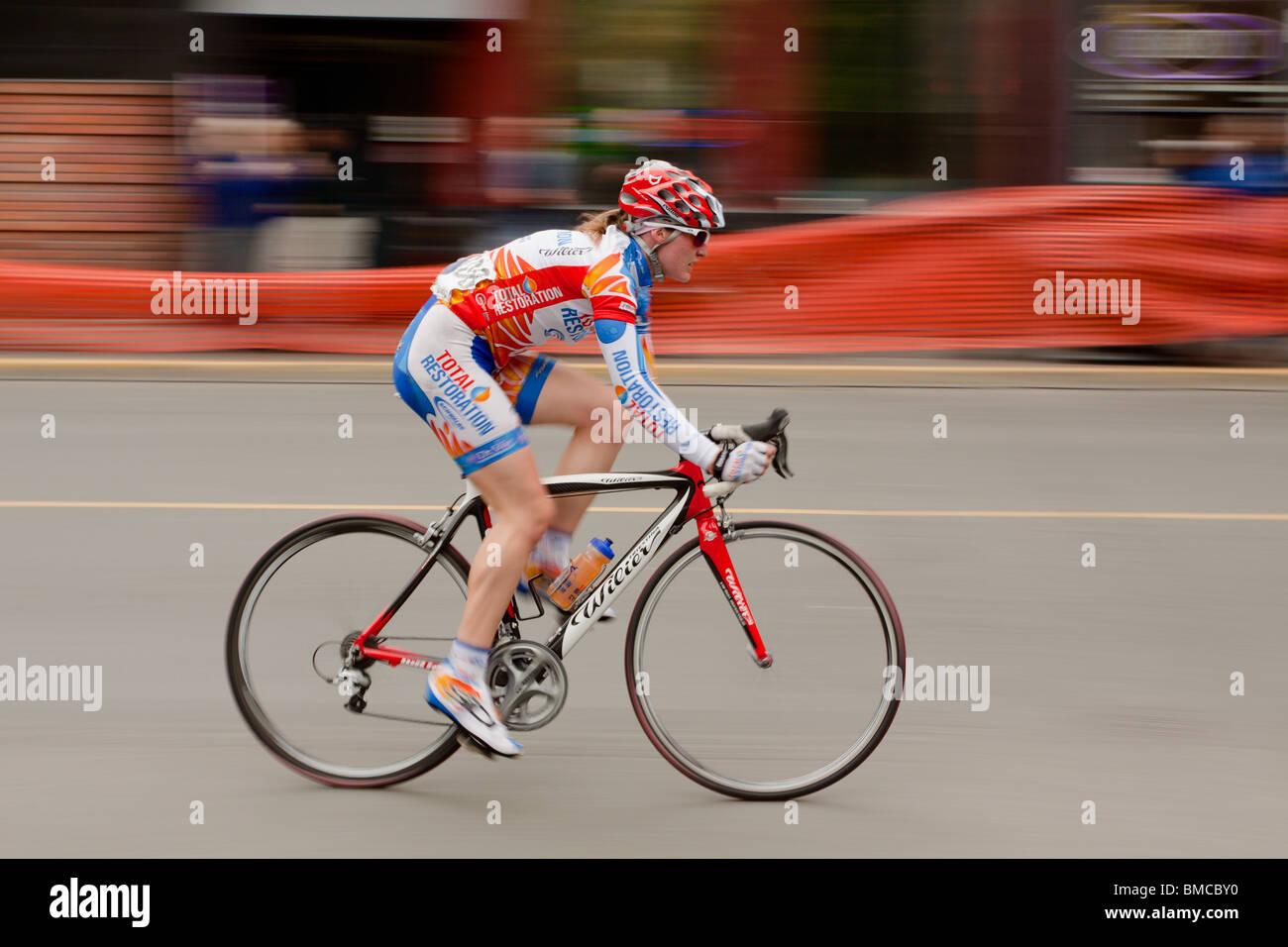 Ladies 2010 Bastion Square Gran Prix bicycle race-Victoria, British Columbia, Canada. - Stock Image