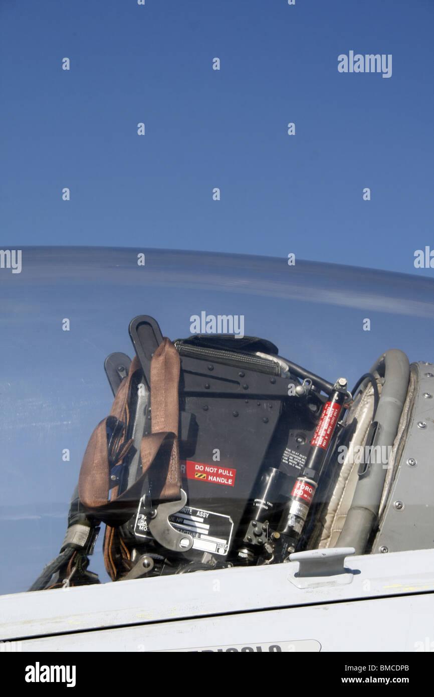Textron Scorpion Jet News: Fighter Jet Cockpit Pilot Seat Stock Photos & Fighter Jet