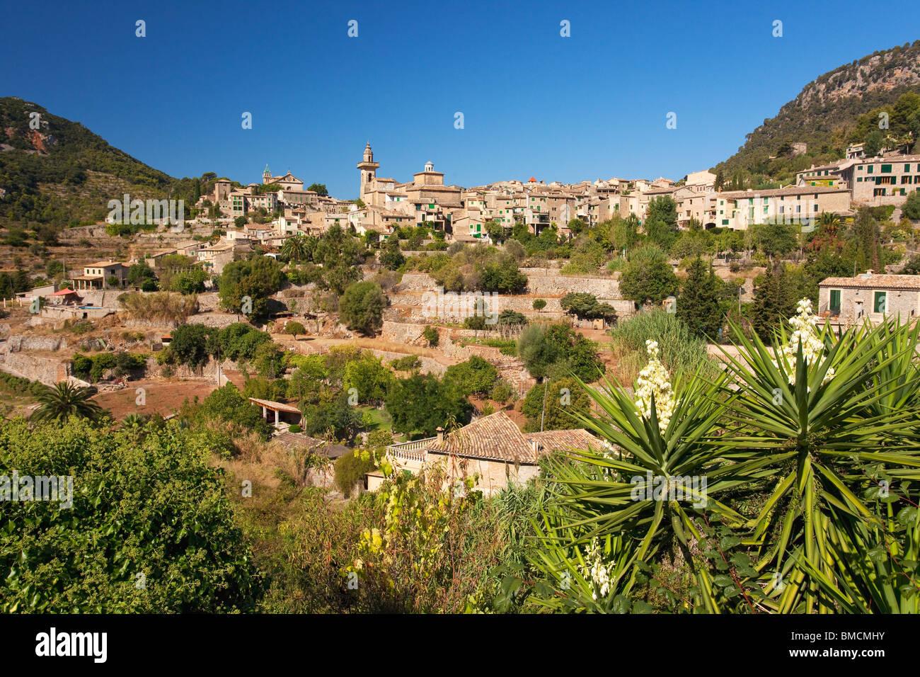 Valldemossa hilltop town in summer Majorca Mallorca Spain Europe - Stock Image