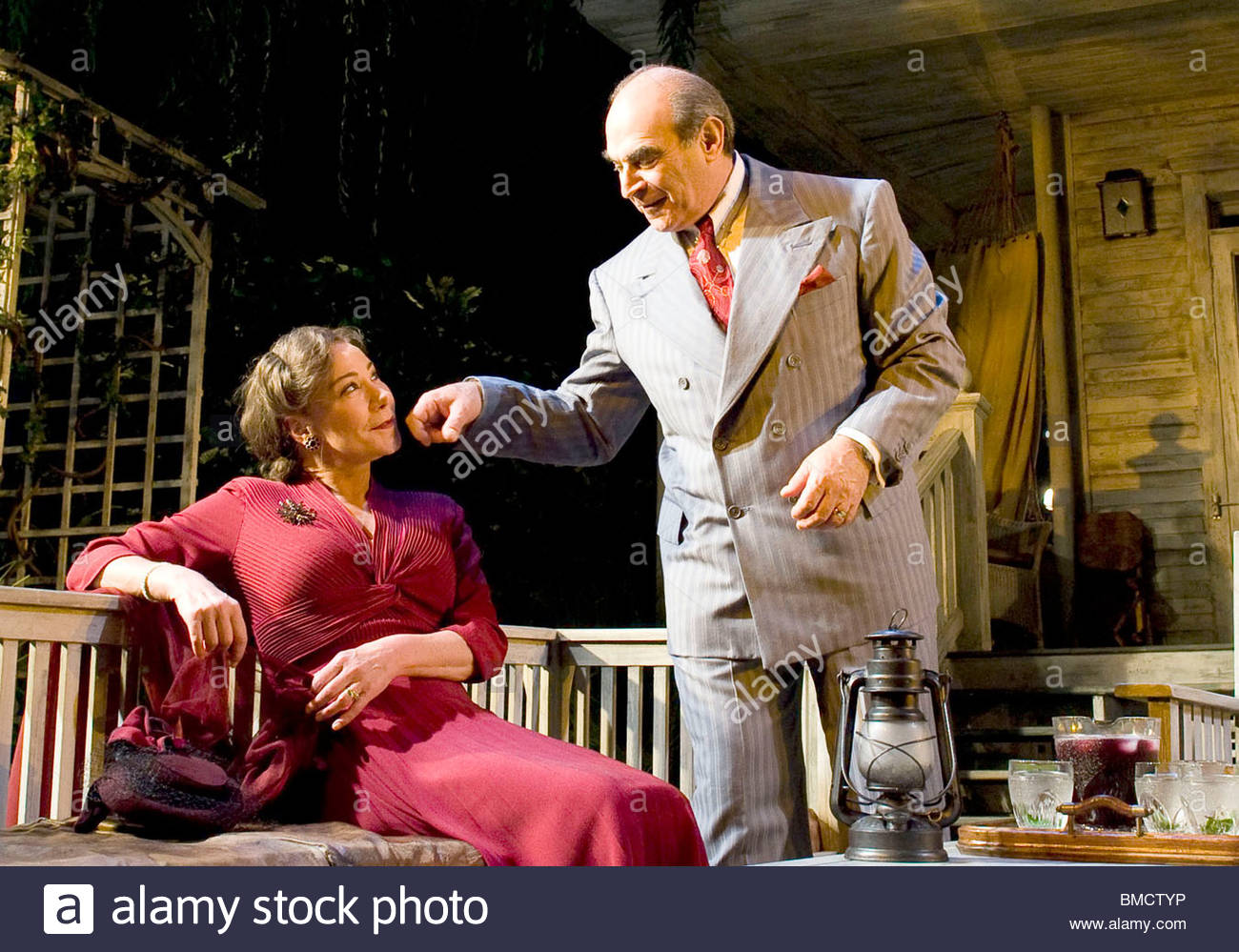 All My Sons by Arthur Miller,directed by Howard Davies.With ,David Suchet as Joe Keller,Zoe Wanamaker as Kate Keller. - Stock Image