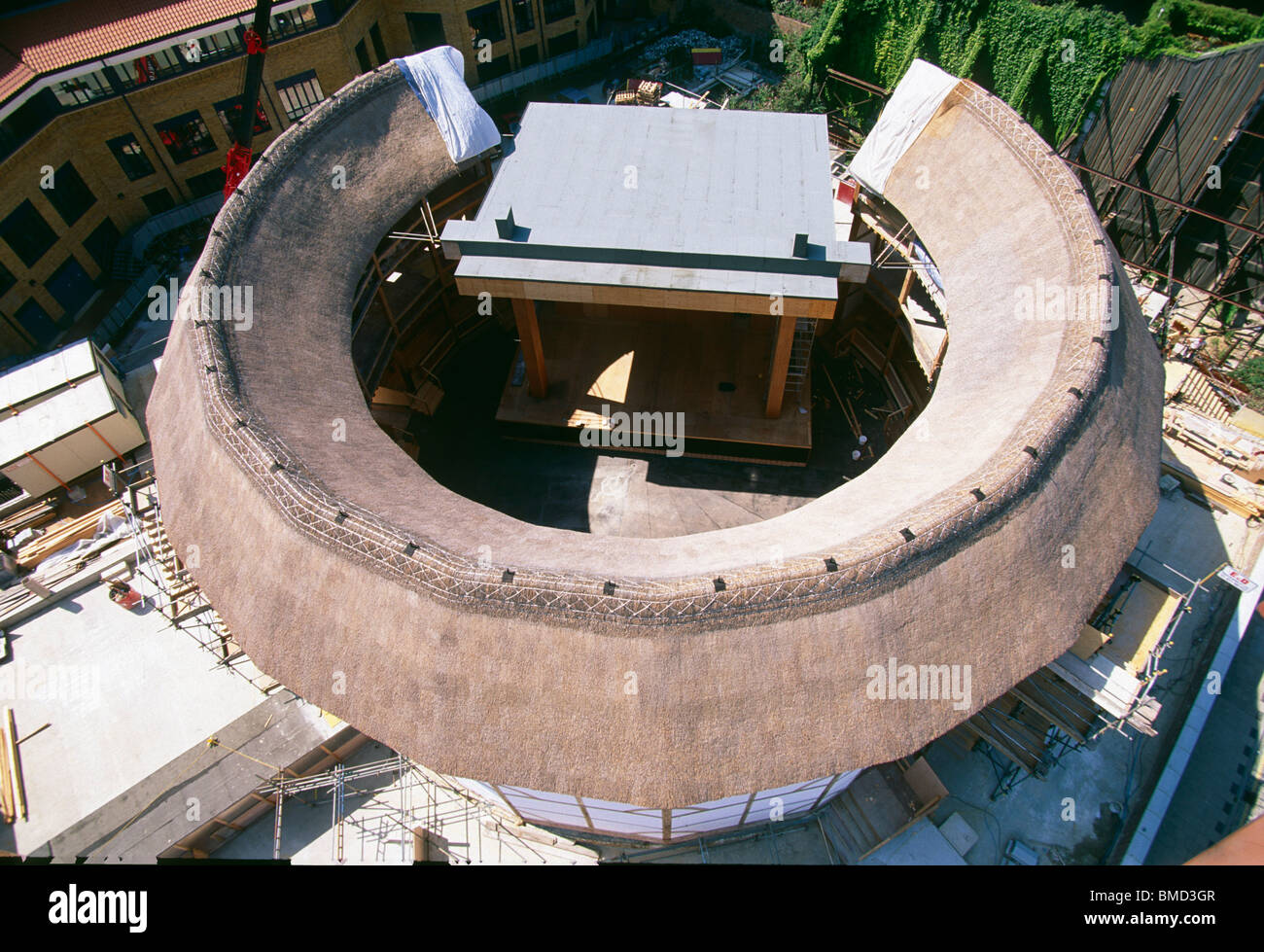 The re-created Globe theatre, Bankside, London - Stock Image