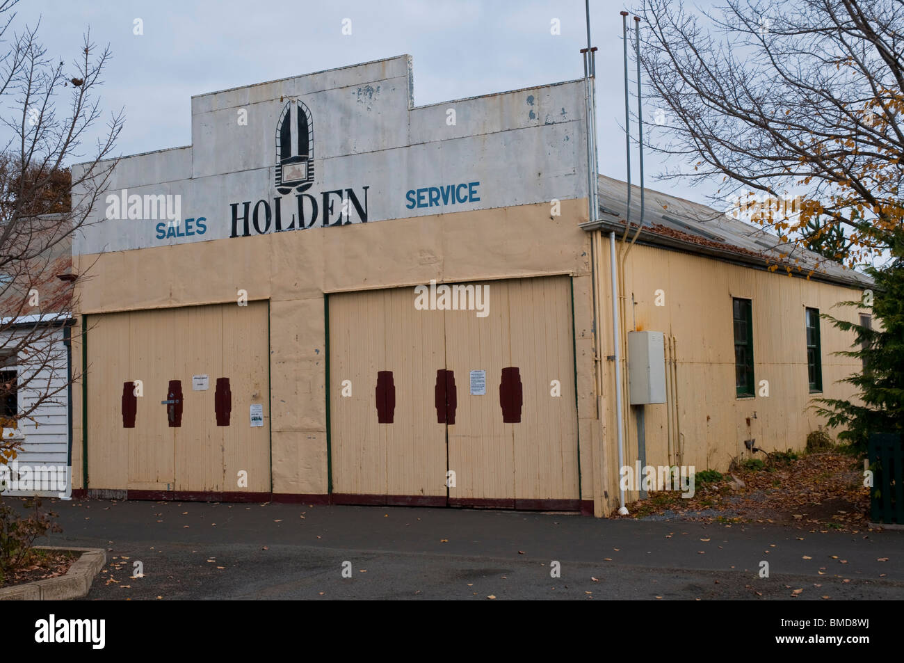 A General Motors Holden garage with original GMH logo circa 1960 in the historic village of Ross in the Tasmanian Stock Photo