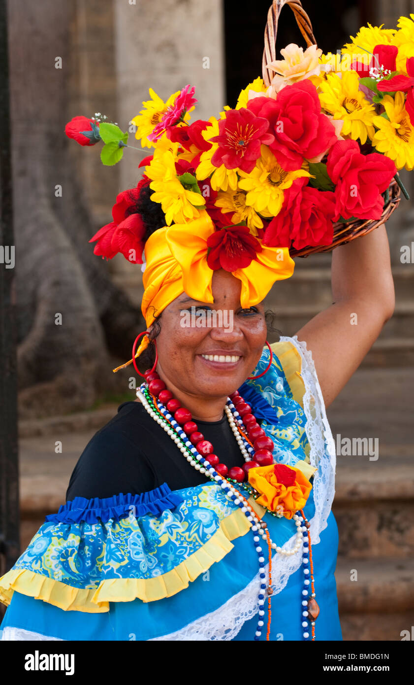 Colorful dancers in costume with flowers in Old Havana Habana Cuba  sc 1 st  Alamy & Colorful dancers in costume with flowers in Old Havana Habana Cuba ...