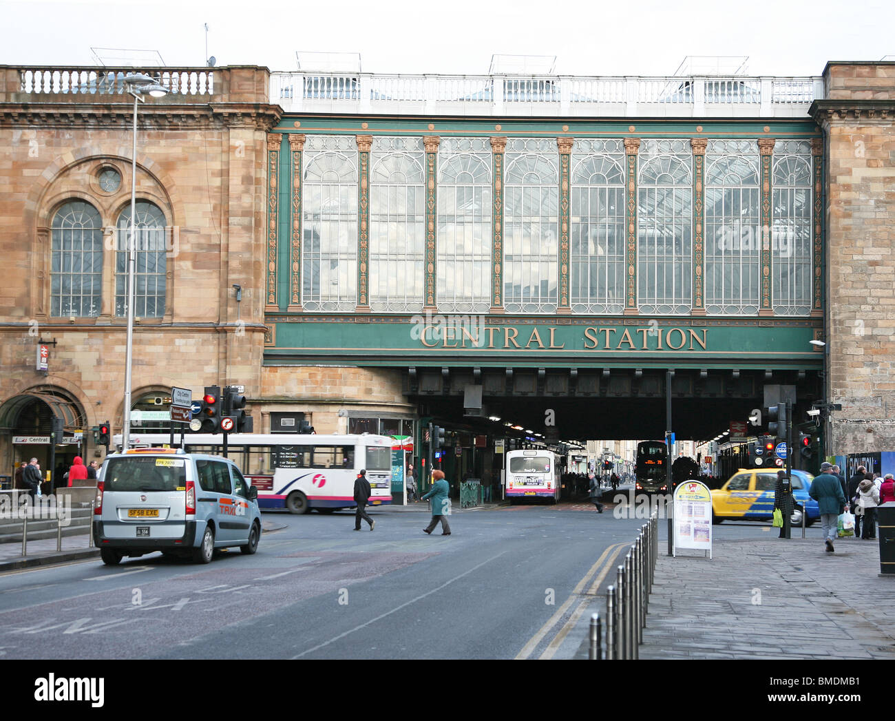 Glasgow Central rail Station facade, Argyle Street, Glasgow, Scotland, UK - Stock Image