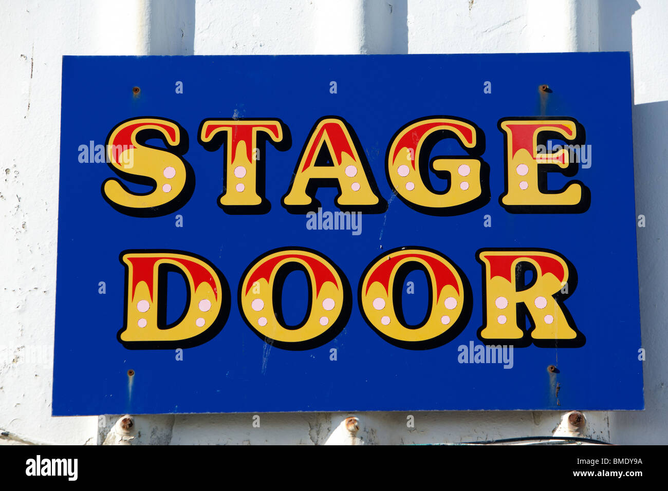 theatrical stage door sign on the outside of a theatre - Stock Image
