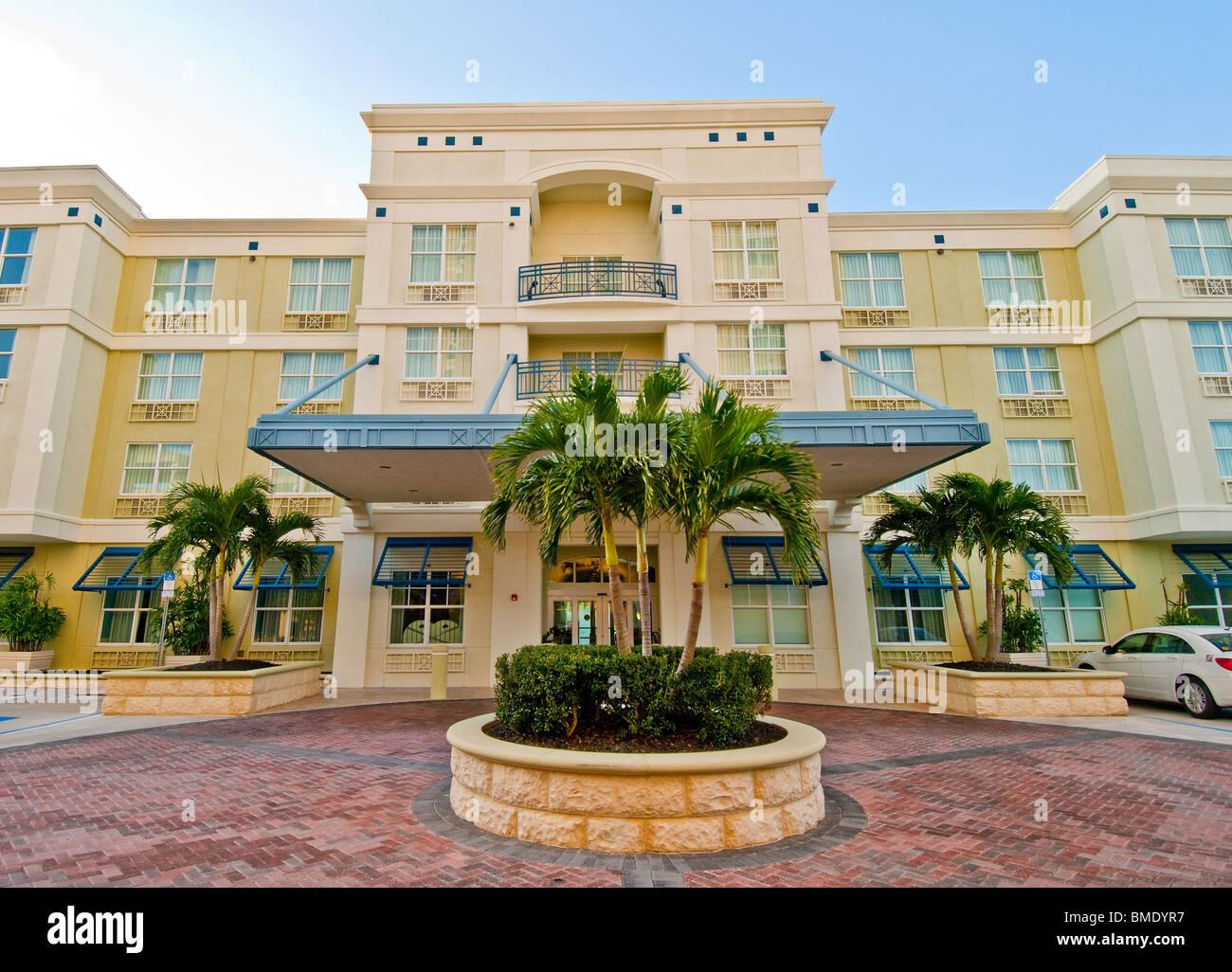 Front entrance to Hotel Indigo in Sarasota, Florida, USA - Stock Image