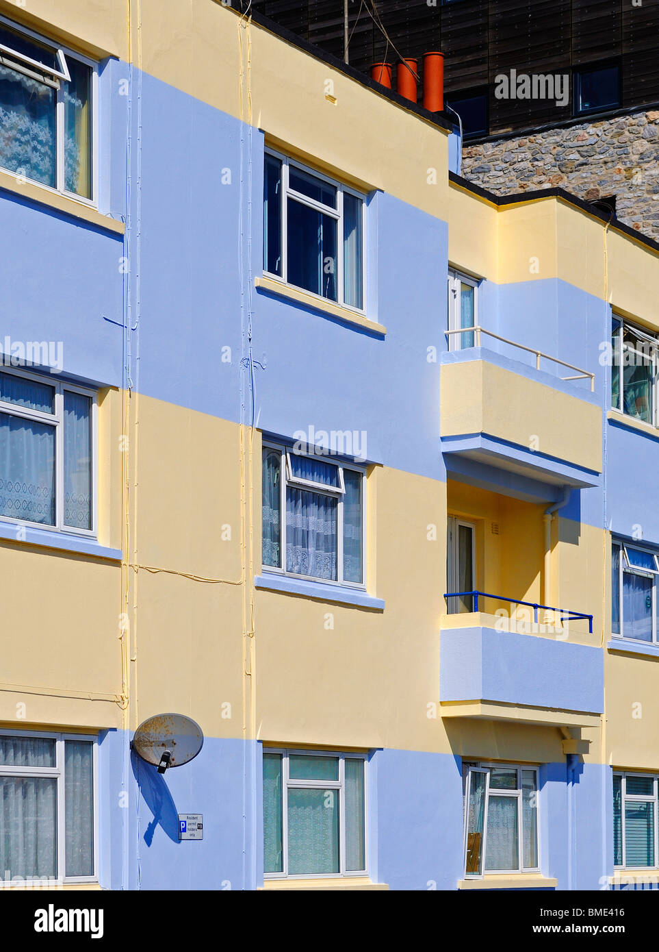 apartments overlooking the barbican in plymouth,devon,uk - Stock Image