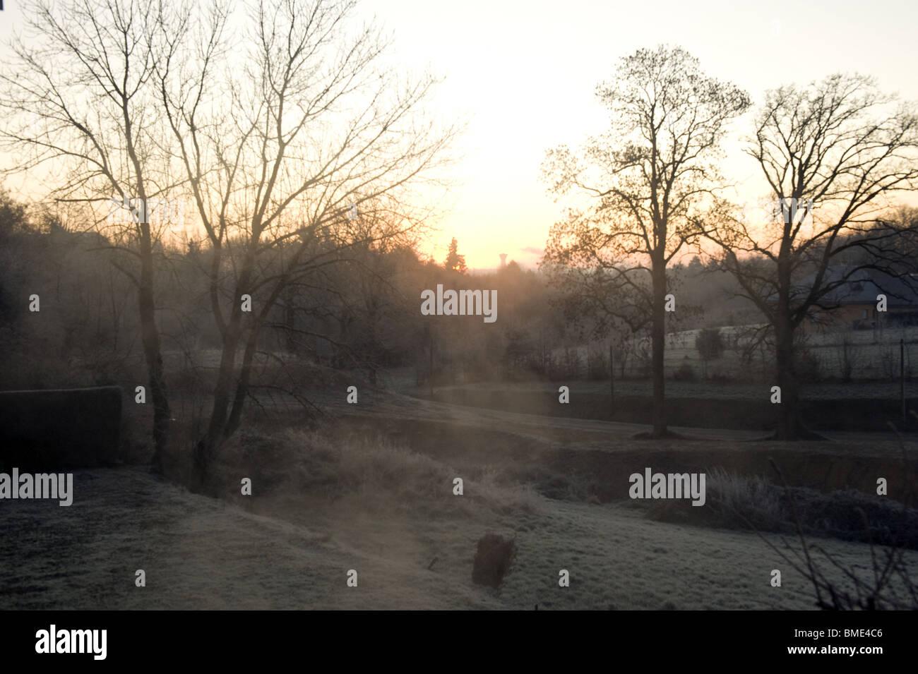 paysage de campagne, brouillard, aube, countryside, fog, dawn - Stock Image
