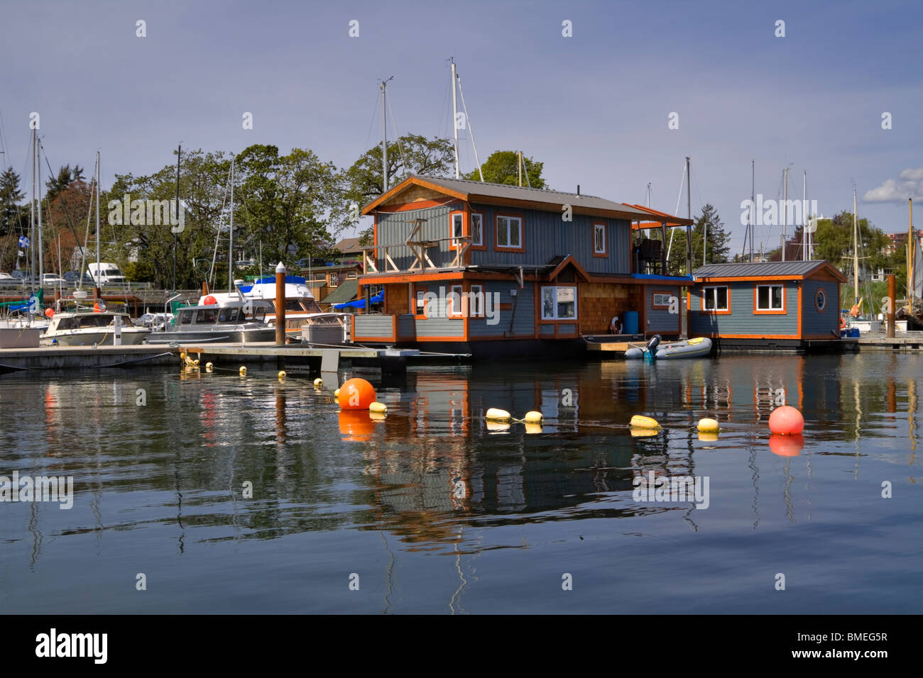 Floating homes and liveaboard yachts in Westbay Marine Village, Middle Harbour, Victoria, British Columbia. - Stock Image