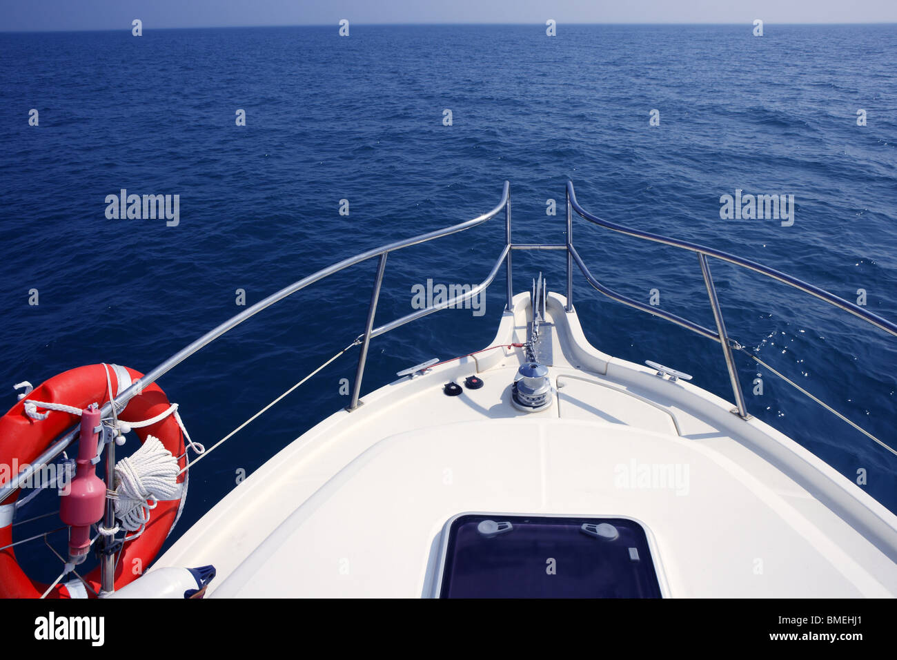 blue ocean sea view from motorboat yacht bow in Mediterranean - Stock Image