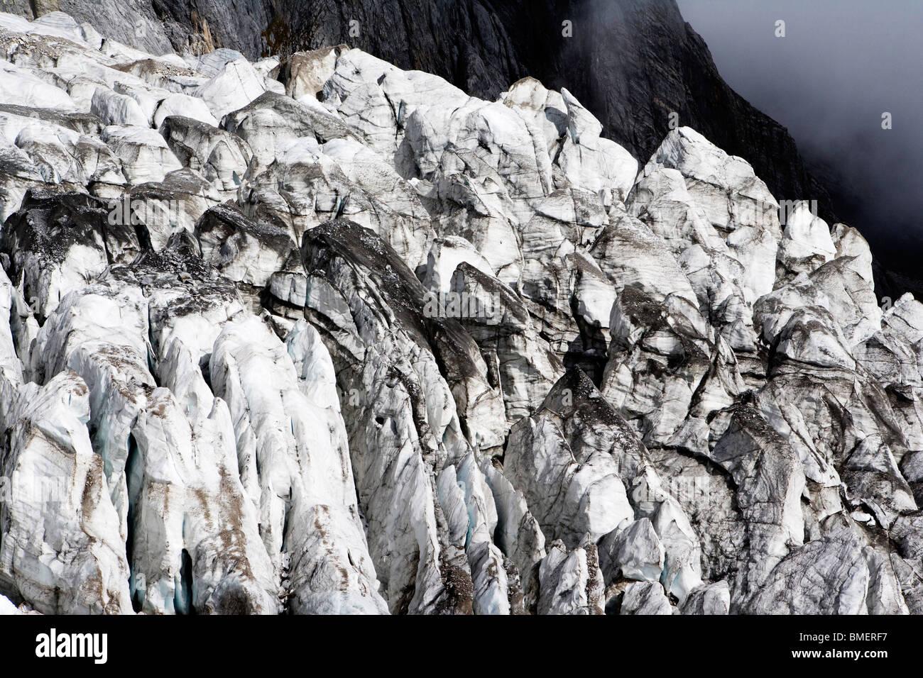 Layers of ice in Yulong Glacier, Yulong Naxi Autonomous County, Lijiang City, Yunnan Province, China - Stock Image
