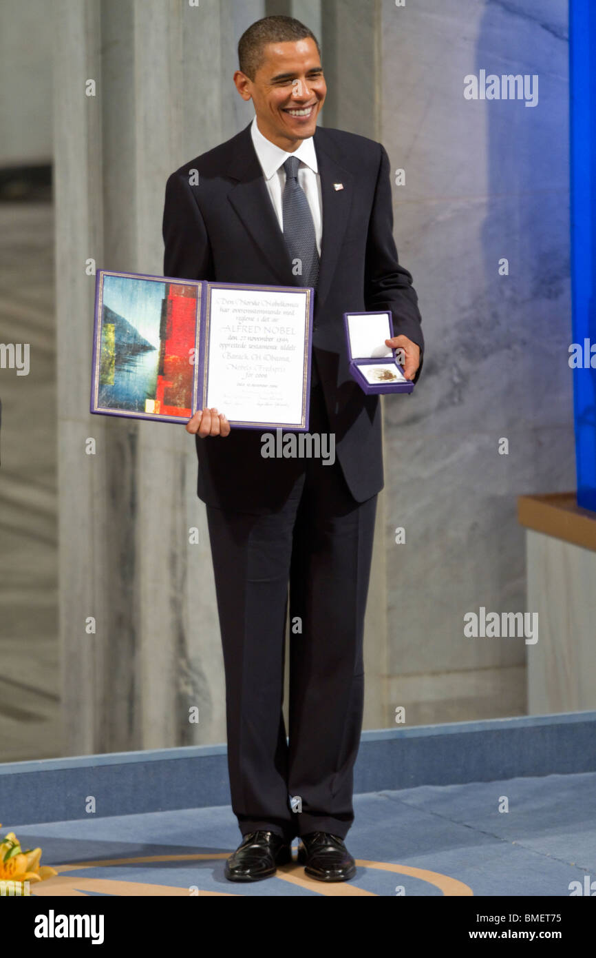 President Barack Obama accepts the 2009 Nobel Peace Prize in Oslo, Norway. (Photo by Scott London) - Stock Image